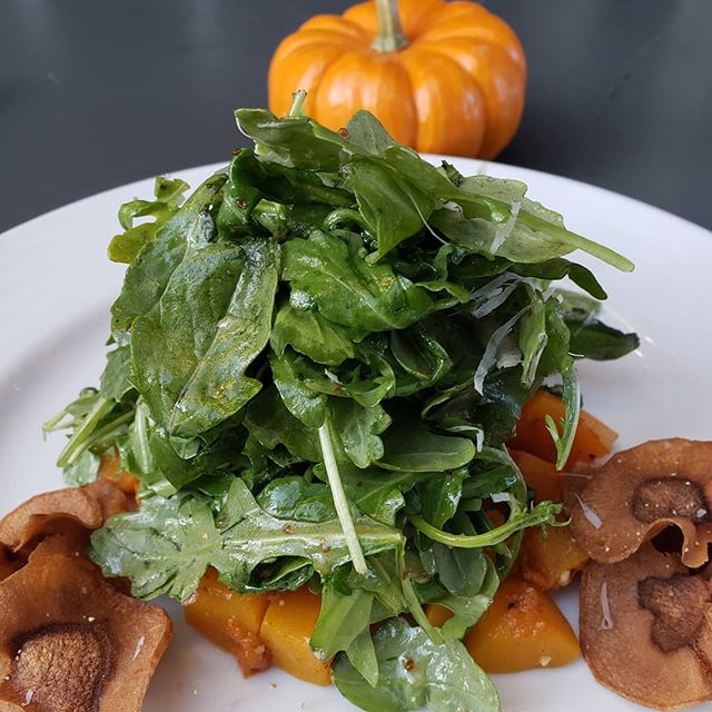 Roasted Butternut Squash & Arugula Salad. Crispy Parsnips, Apple Cider Vinaigrette, locatelli.  #fall #fallmenu #salad #butternutsquashsalad #valanni #phillyfoodgram #phillyrestaurants #centercityphilly #phillyfoodie #phillygram #myfab5 #phillyfoodforeal #phillyfood #philadelphiarestaurants #phillyhappyhour #phillyfoodgasm #eaterphilly #visitphilly #phillyfoobooz
