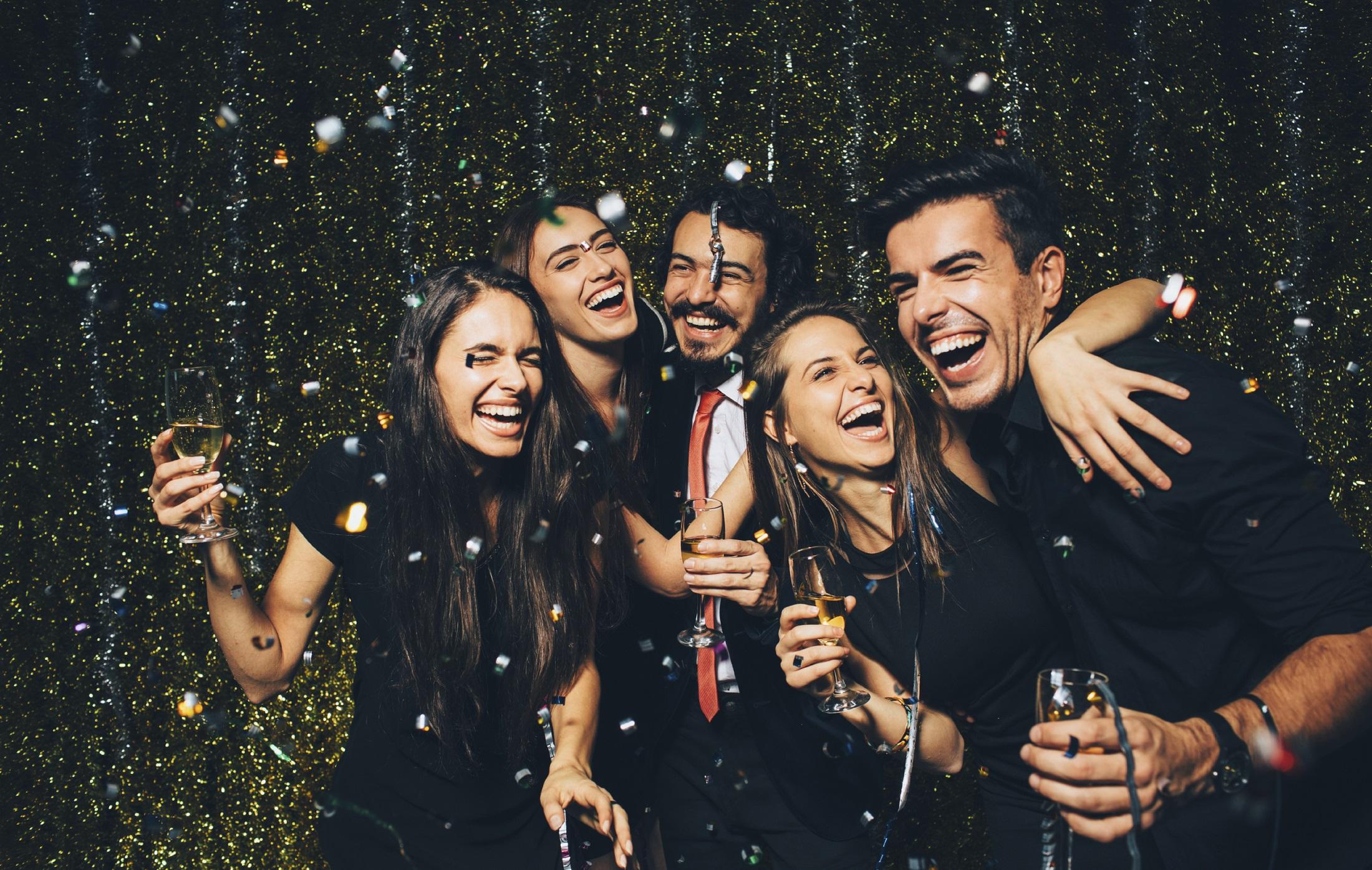 wealthy_friends_celebrating_new_years.jpg