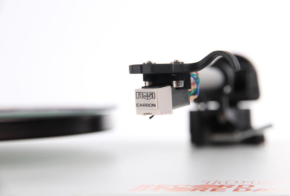 RSD 17 carbon closeup.jpg