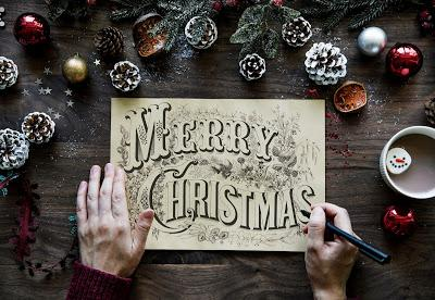 Merry Christmas by Raw Pixel at Pixabay