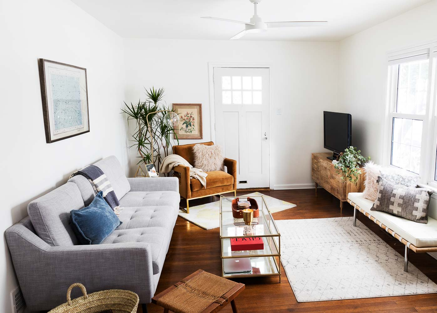 bright-bungalow-home-studio-new-jersey-natural-light-photo-studio-rental-8.jpg