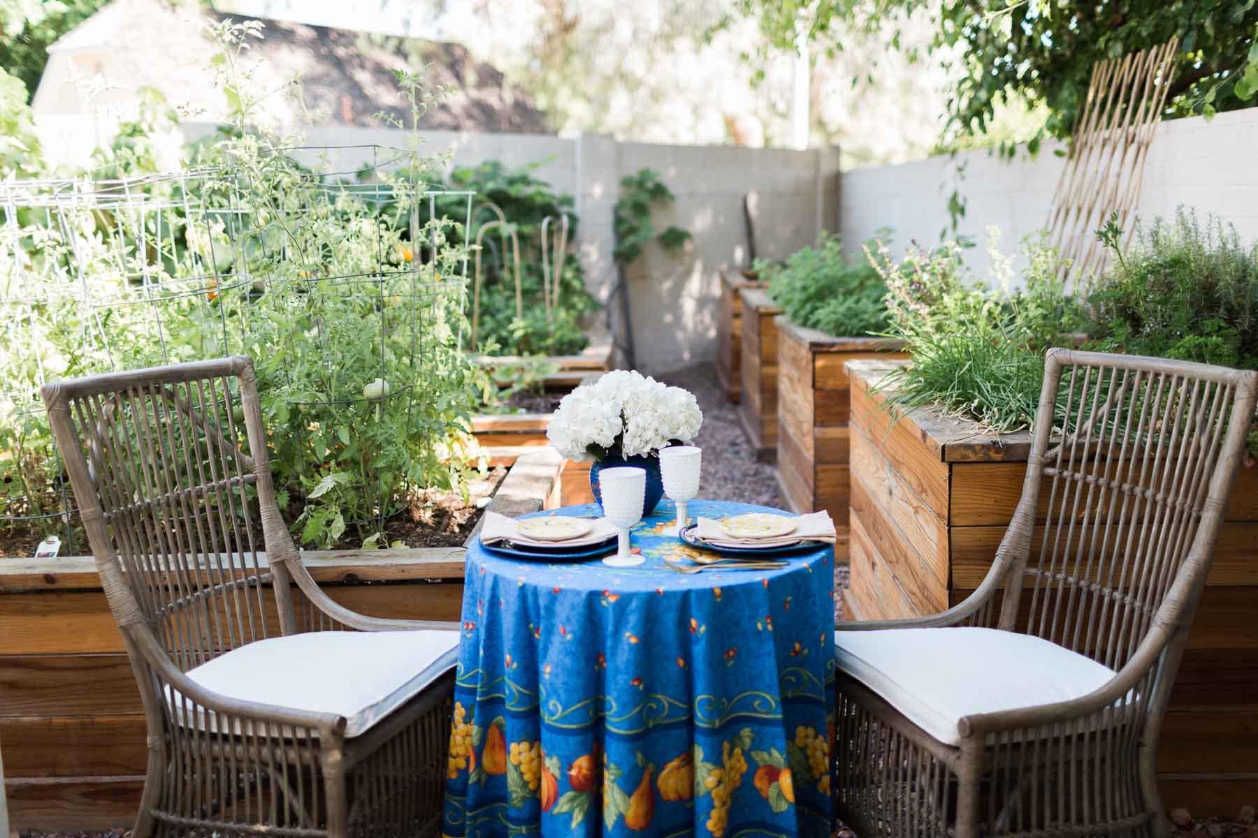 OutdoorHaven-Phoenix-AZ-Arizona-outdoor-photoshoot-location-natural-light-photography-studio-lifestyle-photo-ideas-indoor-photoshoot-location-12.jpg