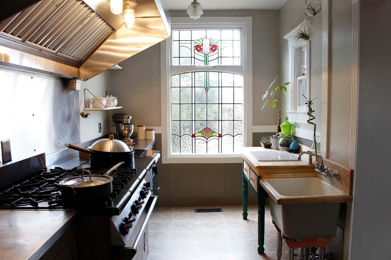 Petaluma-Place-natural-light-photography-studio-lifestyle-photo-ideas-indoor-photoshoot-location-11.jpg