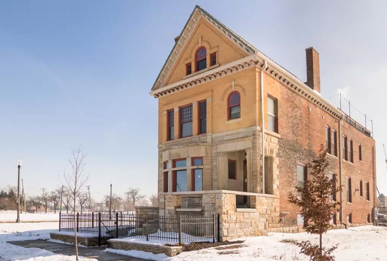 LoftDwelling-Detroit-Michigan-natural-light-photography-studio-editorial-commercial-photoshoot-location-2.jpg