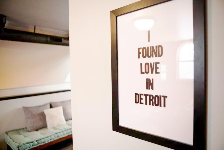 LoftDwelling-Detroit-Michigan-natural-light-photography-studio-editorial-commercial-photoshoot-location-9.jpg