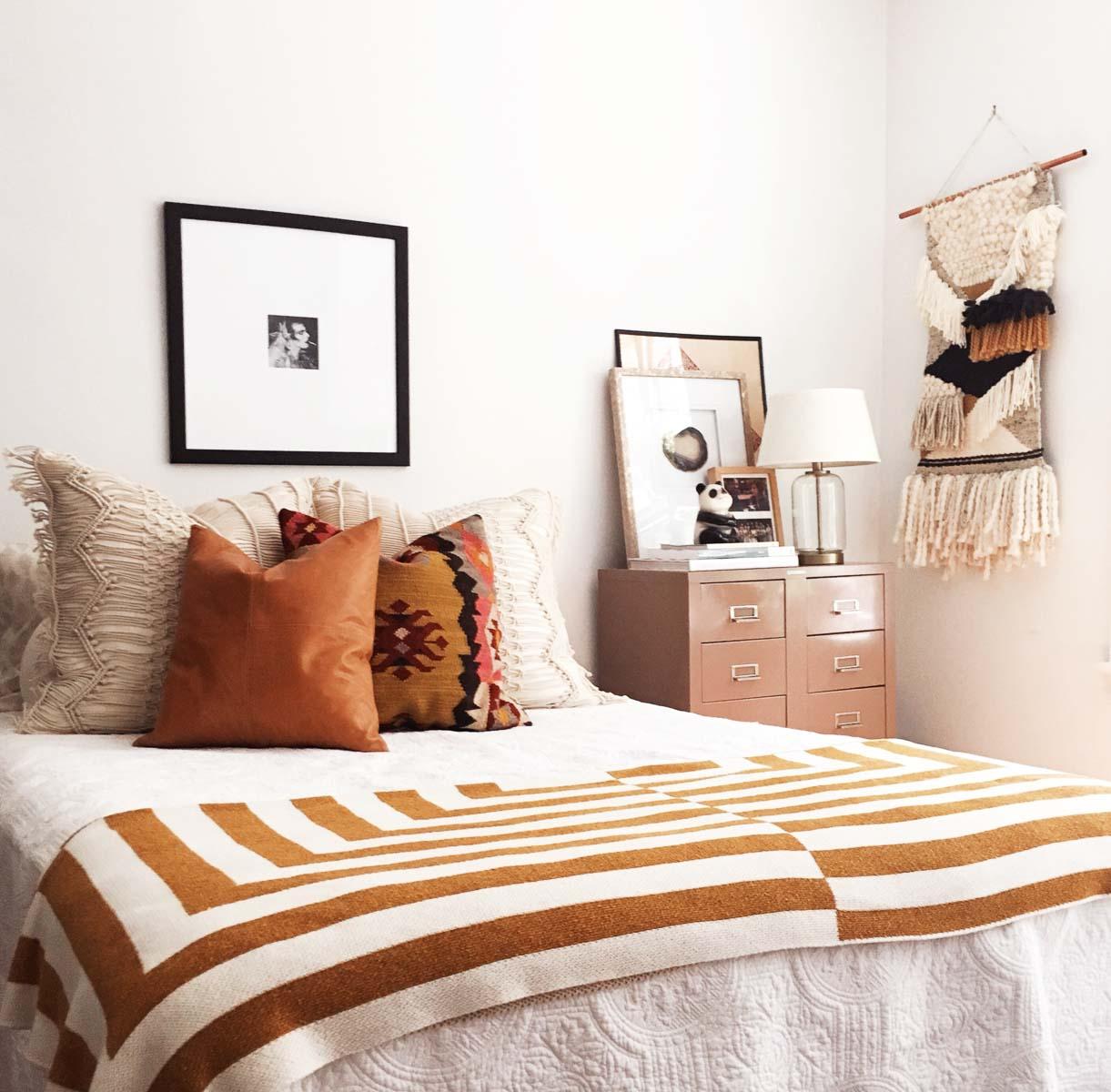 Boho-Charm-michigan-natural-light-photography-studio-lifestyle-photo-ideas-indoor-photoshoot-location-14.jpg