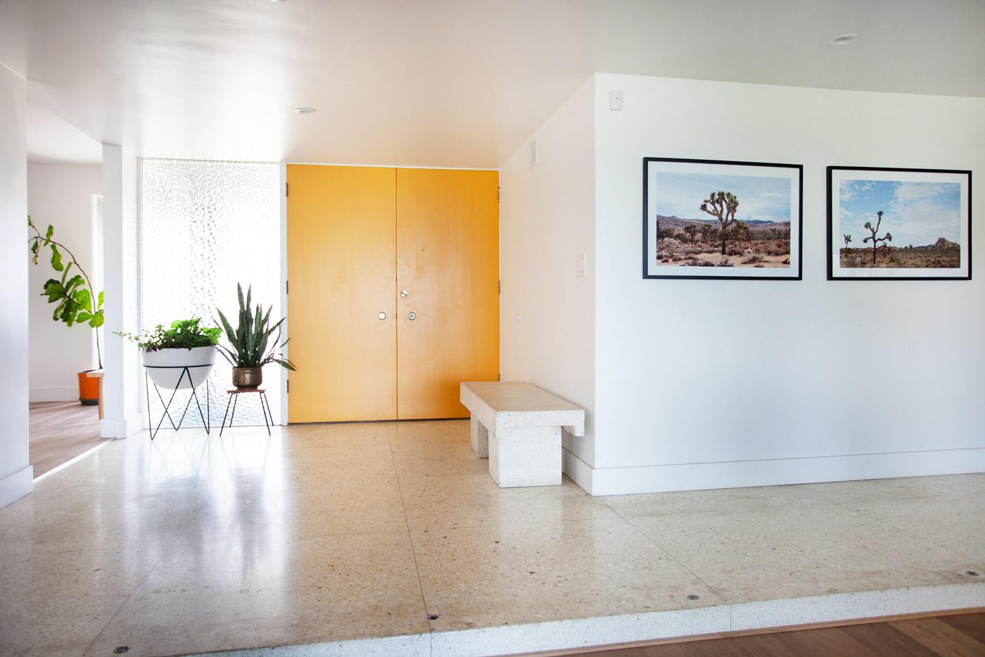 ModernDaze-LosAngelesCA-natural-light-photography-studio-lifestyle-photoshoot-location-editorial-commercial-photography-8.jpg