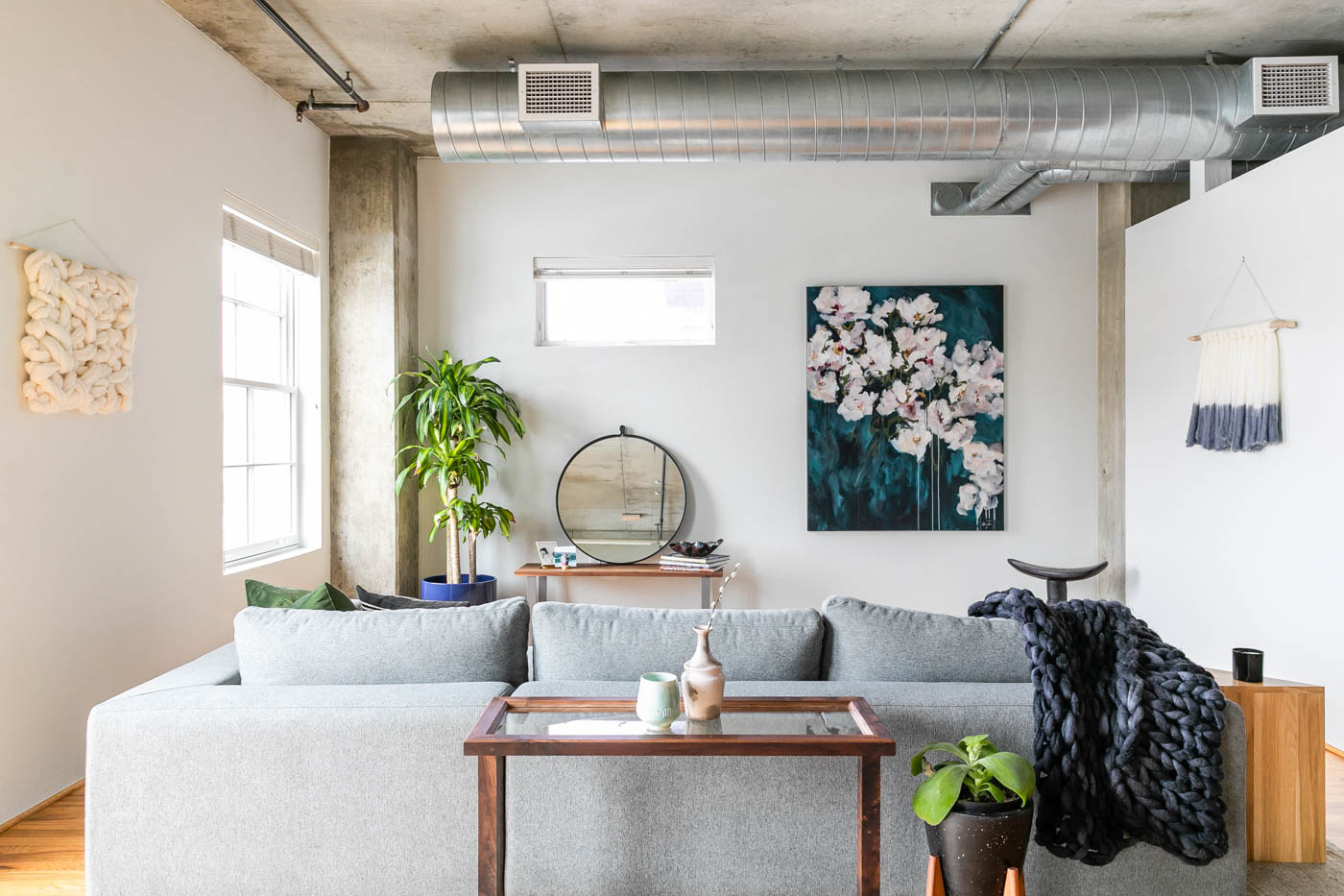 ArtistLoft-DenverCO-natural-light-photography-studio-lifestyle-photoshoot-location-editorial-commercial-photography-39.jpg