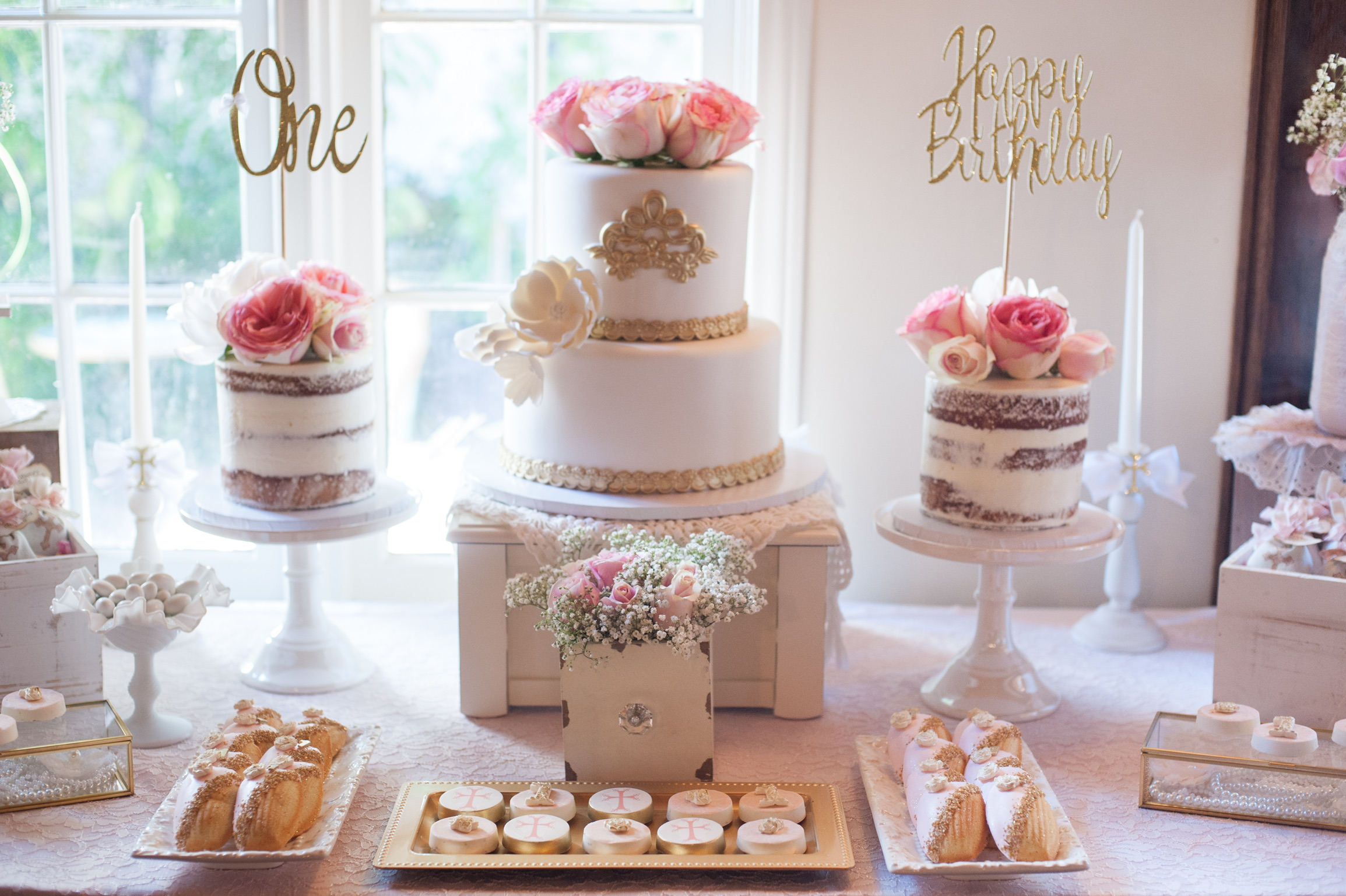 Shabby Chic First Birthday Party-SugarPartiesLA.com