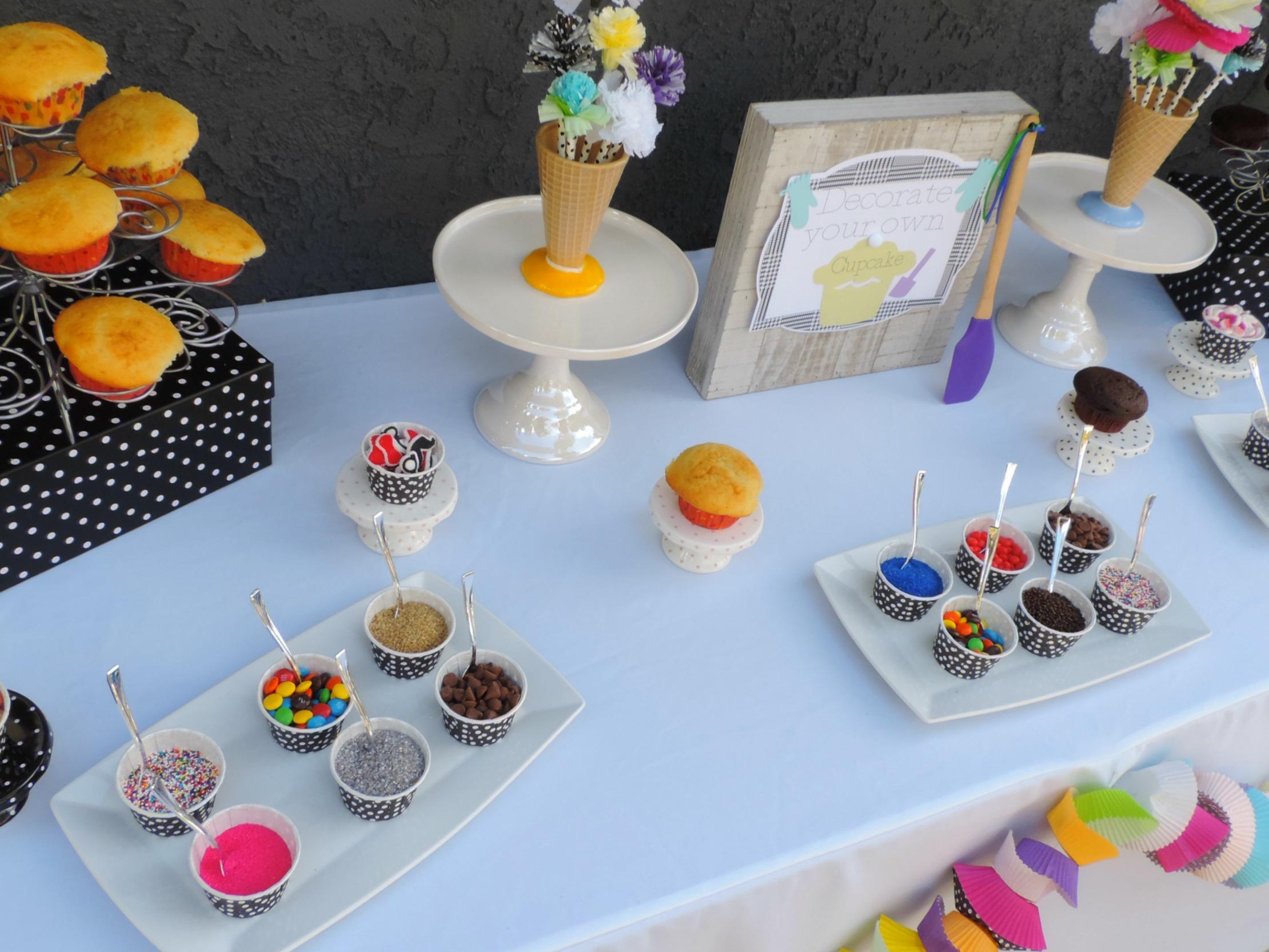 Cupcake war-cup cake wars-cupcake decorating party-cupcake decorating party ideas-www.SugarPartiesLA.com.jpg