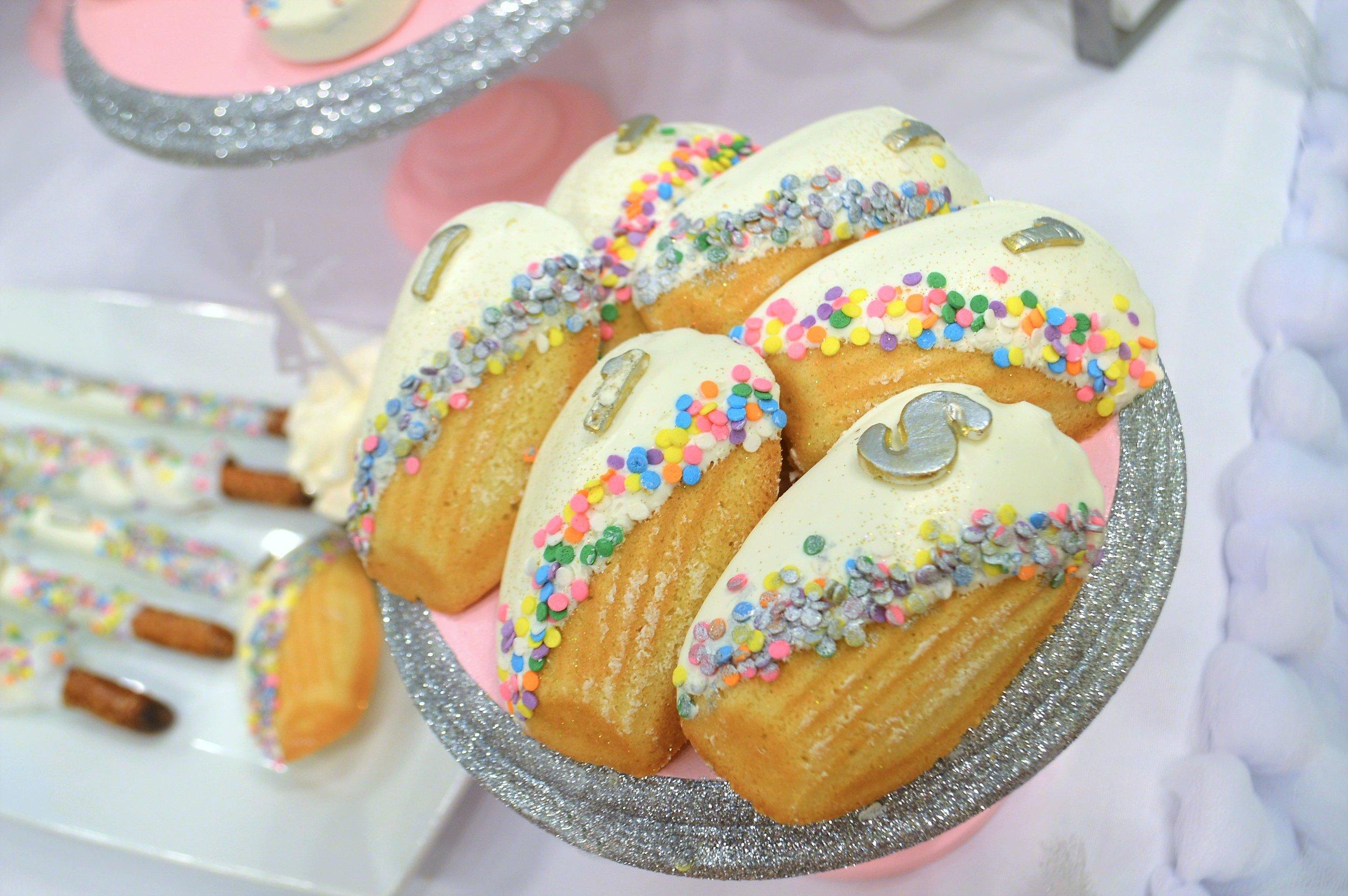 unicorn birthday-unicorn desserts-unicorn first birthday party-unicorn dessert ideas-unicorn birthday party-www.SugarPartiesLA.com.jpg