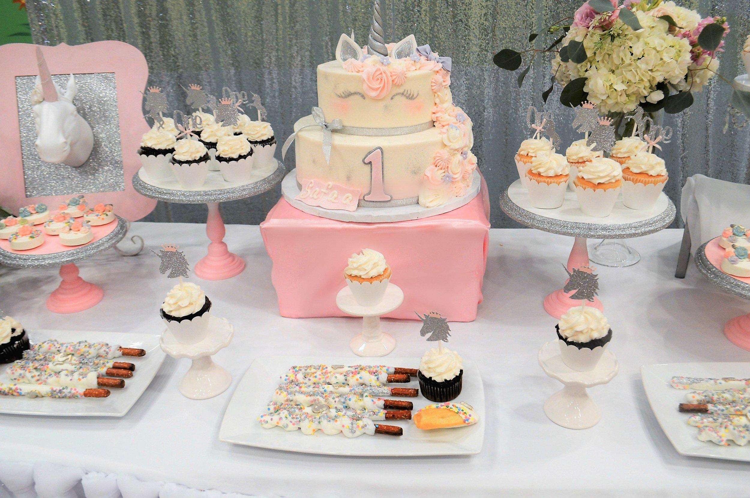 Unicorn First Birthday-Unicorn Cake-Unicorn Party Ideas-unicorn-unicorn birthday party-unicorn dessert table-unicorn birthday party decor-unicorn cake-www.Sugarpartiesla.com.jpg