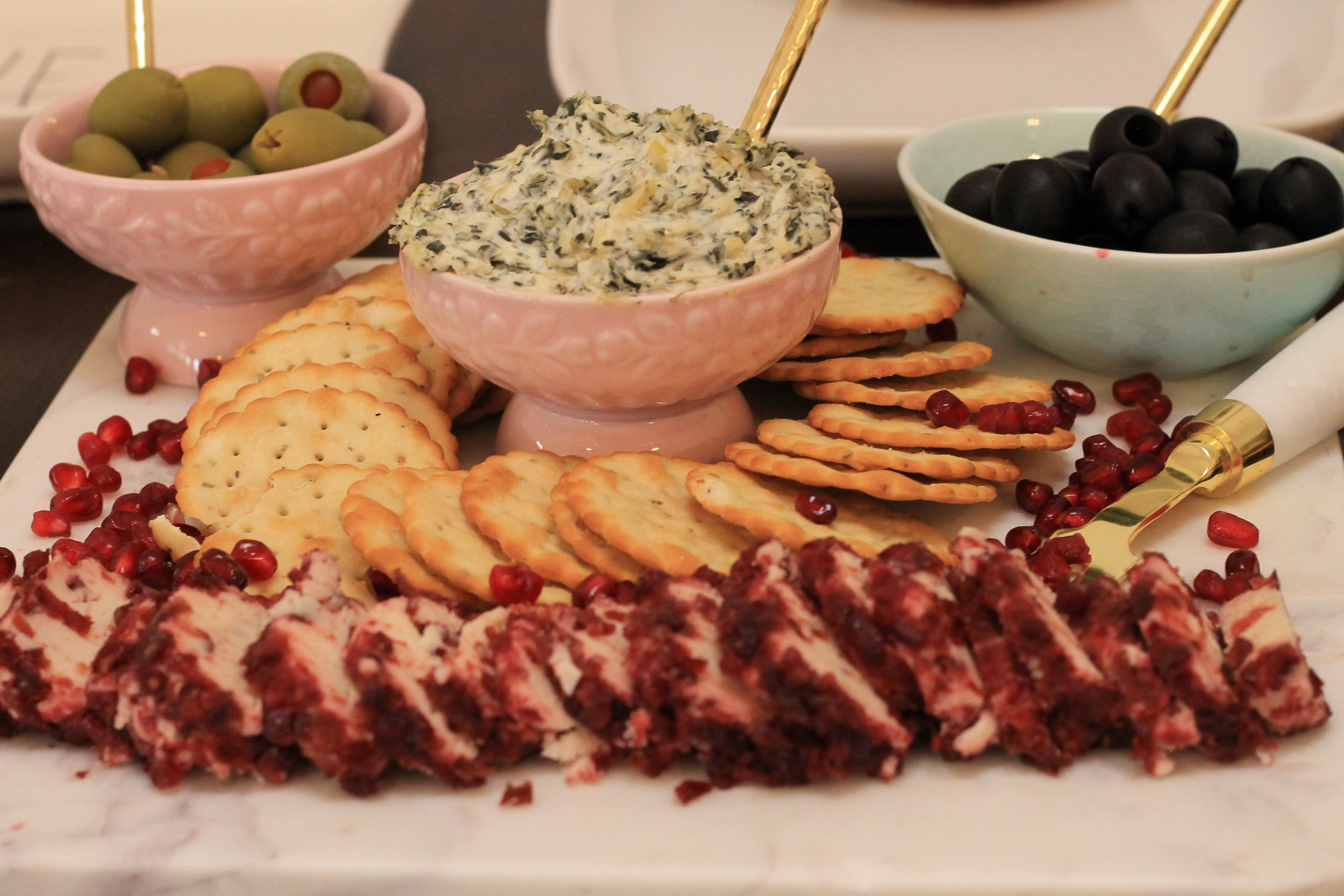Appetizers-party food ideas-Holiday foods-christmas party-party food-food style-www.SugarPartiesLA.com