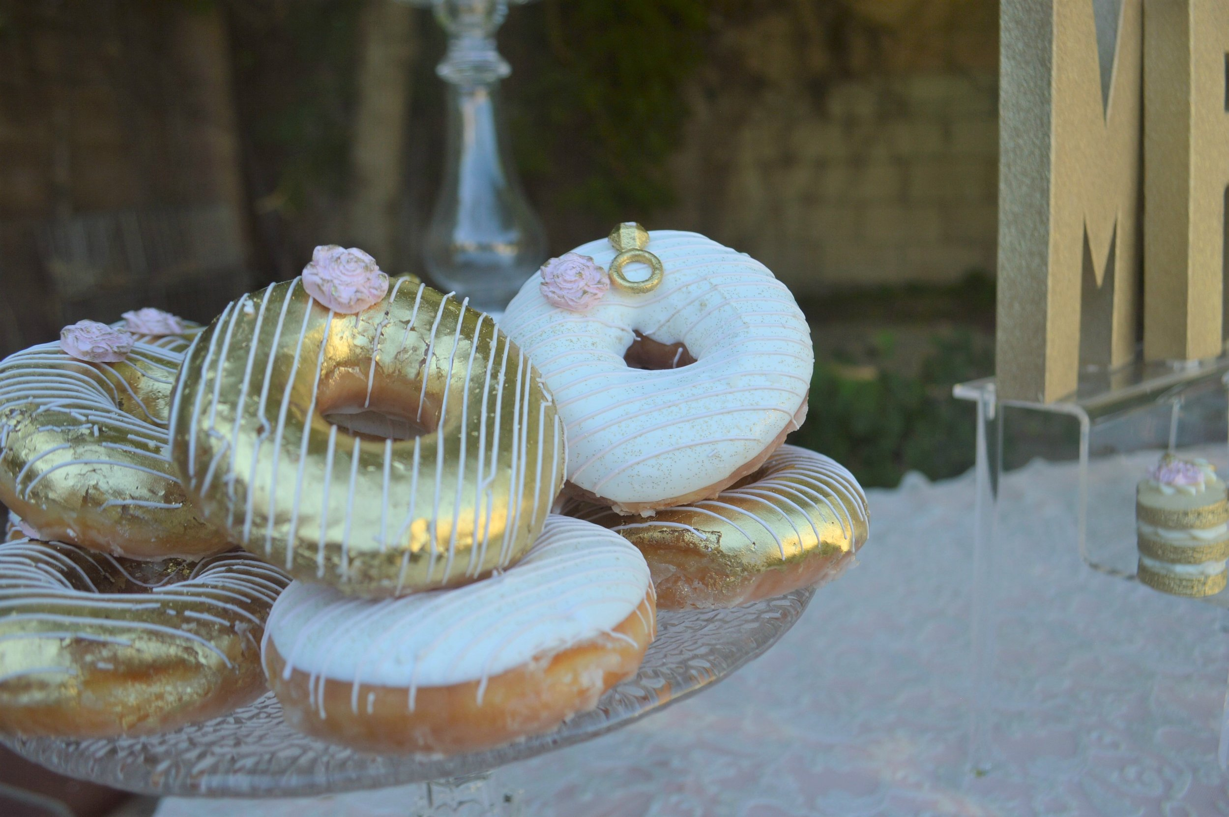 Wedding Desserts-Wedding Donuts-Donut Ideas-Wedding Ideas-Wedding Dessert Ideas-www.SugarPartiesLA.com.jpg