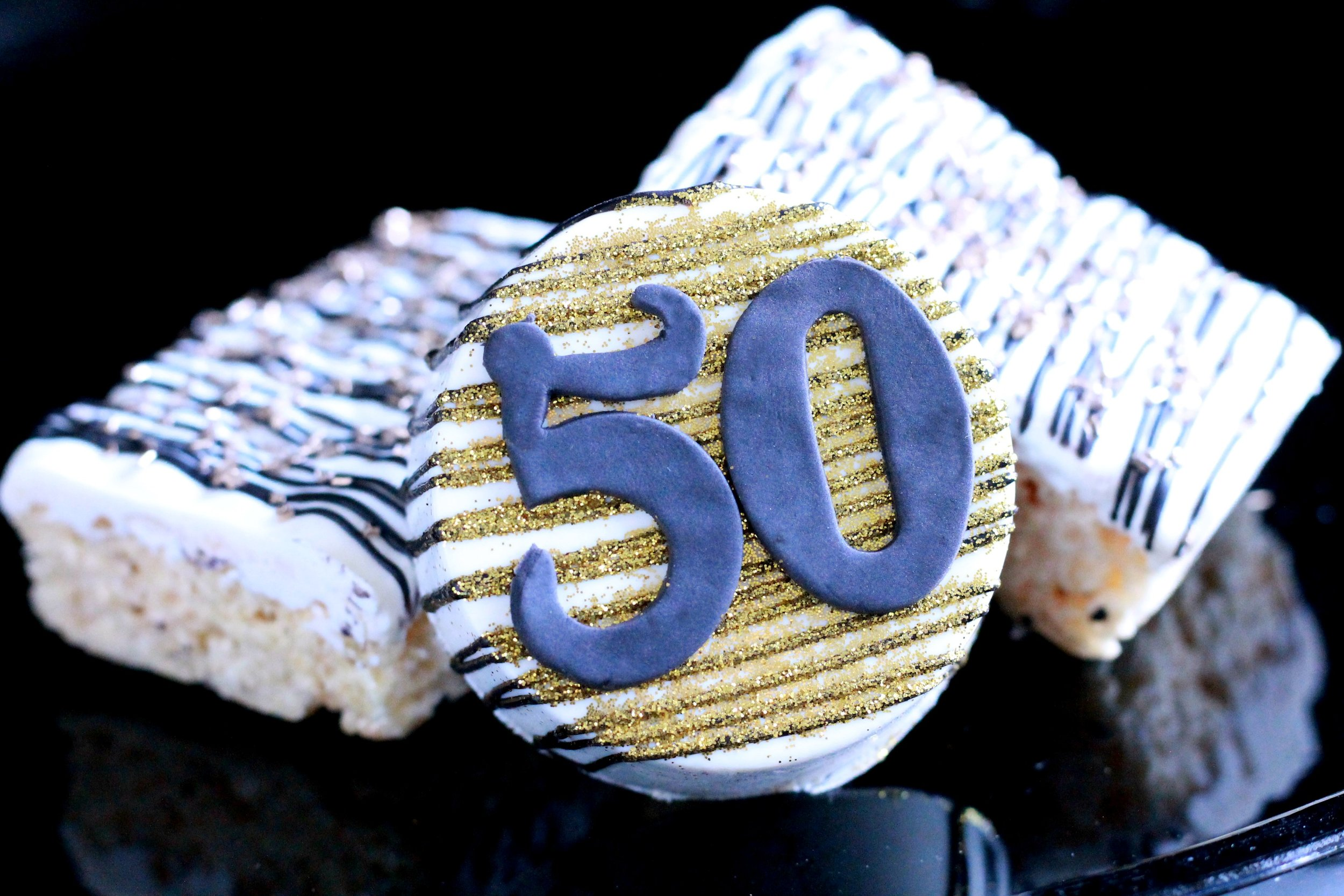 50TH birthday-50 birthday party ideas-50th birthday desserts-chocolate covered oreos-50-cheers to 50 years-black and gold birthday-www.SugarPartiesLA.COM.jpg