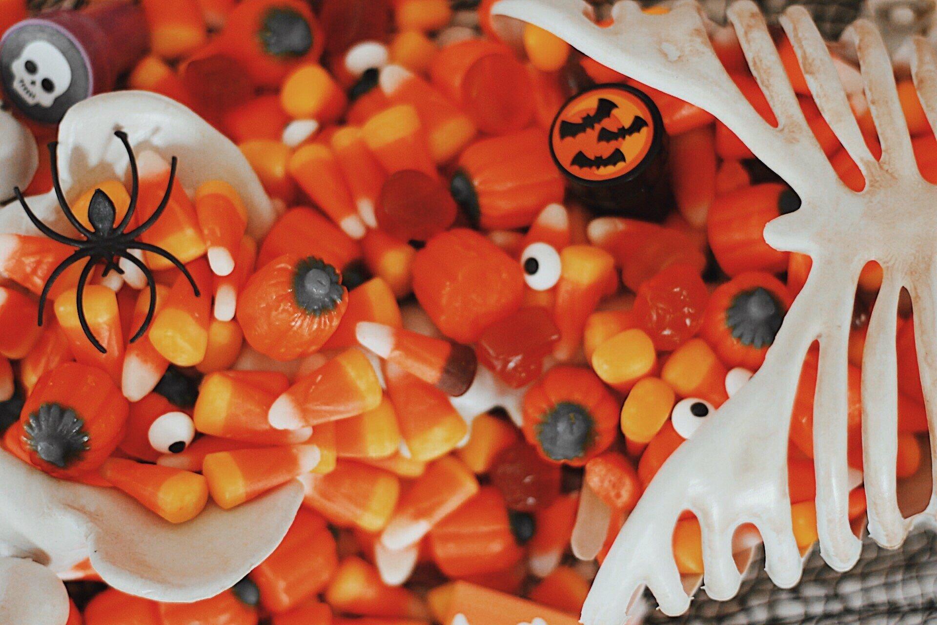 Candy Corn-Halloween Candy-Halloween Party Ideas-www.SugarPartiesLA.com.jpeg