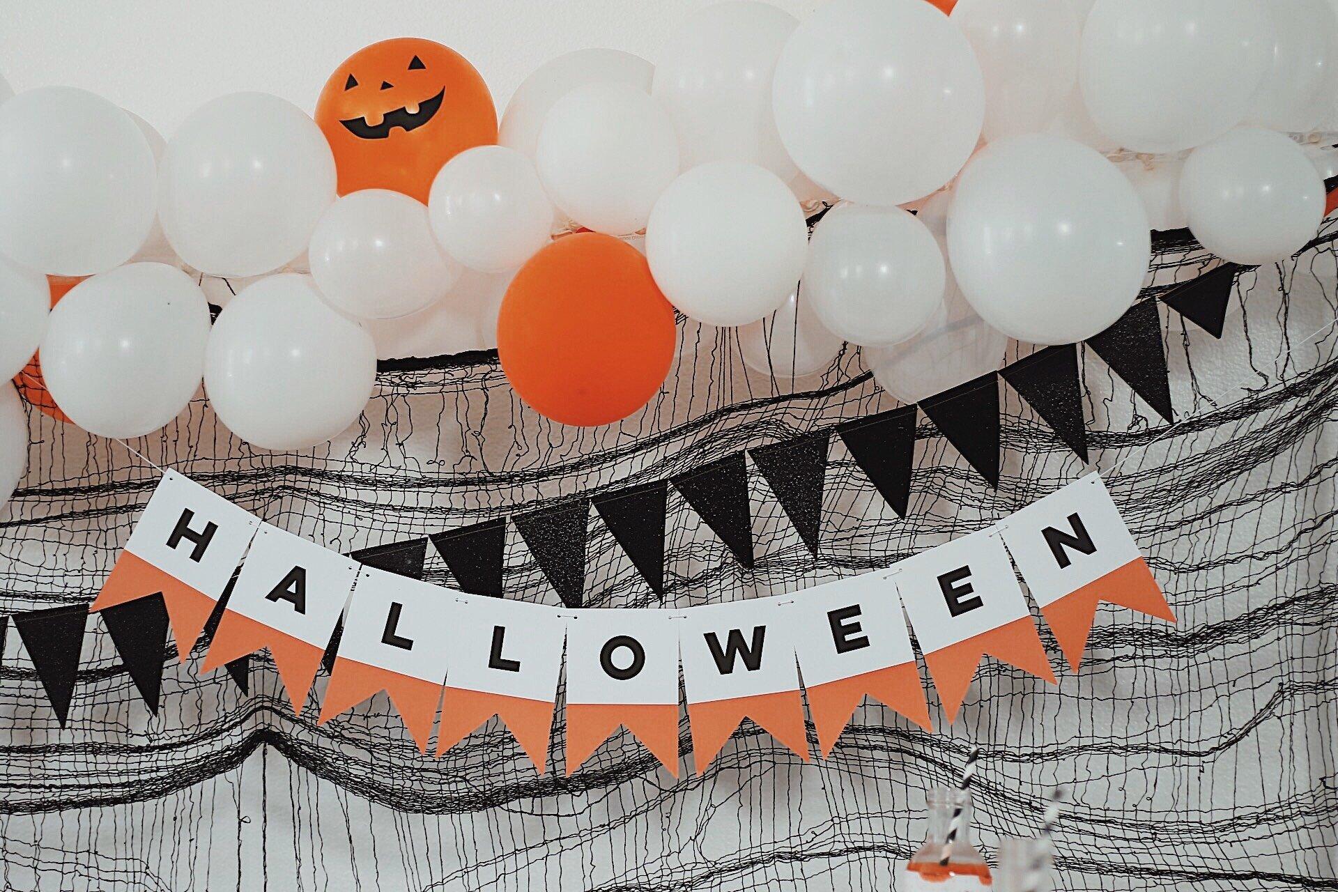 Halloween Banner-Halloween Candy-Halloween Party Ideas-www.SugarPartiesLA.com.jpeg