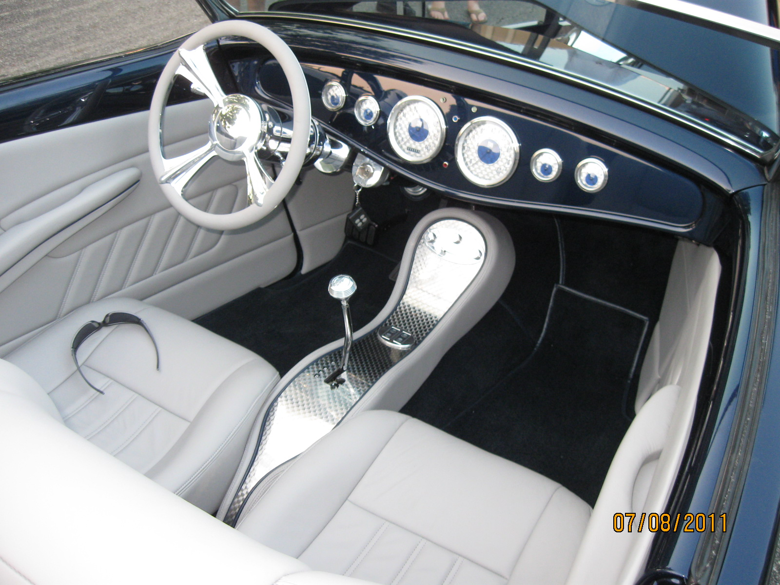 1933 Ford 260.JPG