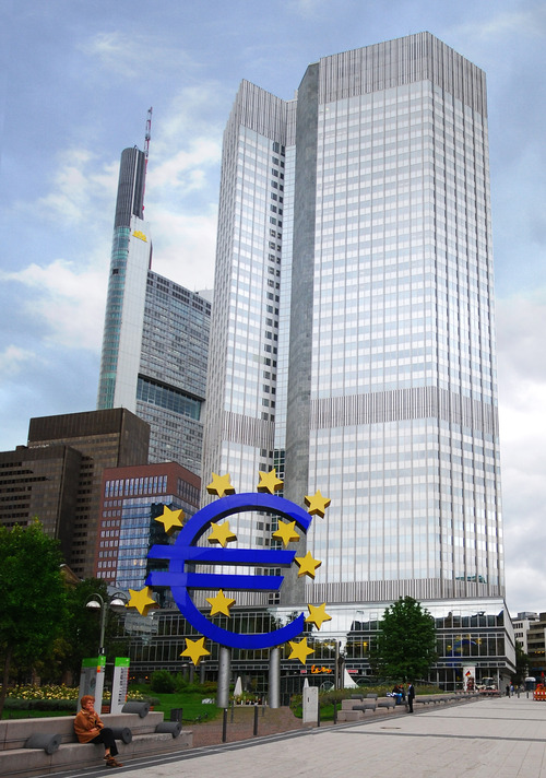 Photo of the European Central Bank from Wikimedia