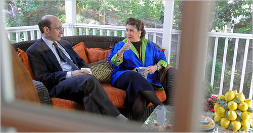 Photo of Kenneth Rogoff and Carmen Reinhart from the New York Times