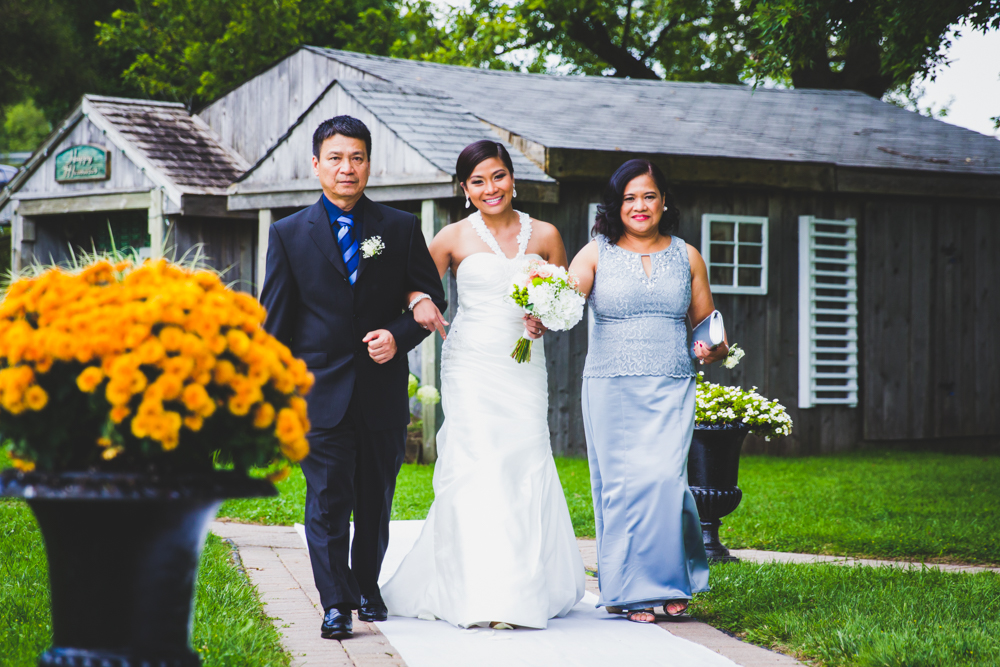 TORONTO ONTARIO CANADA WEDDING PHOTOGRAPHER
