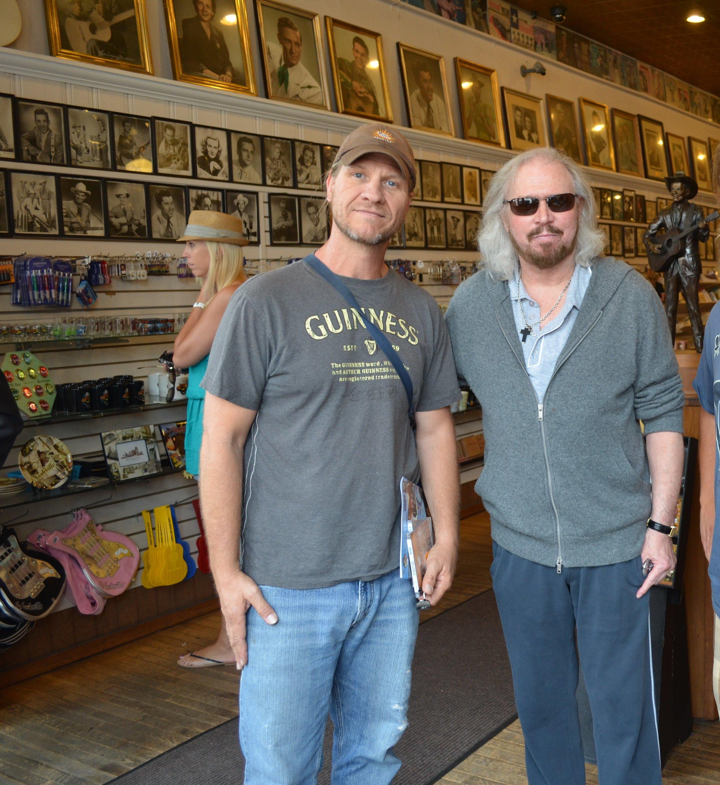 JD PRIEST & Barry Gibb in Nashville TN 2012.JPG