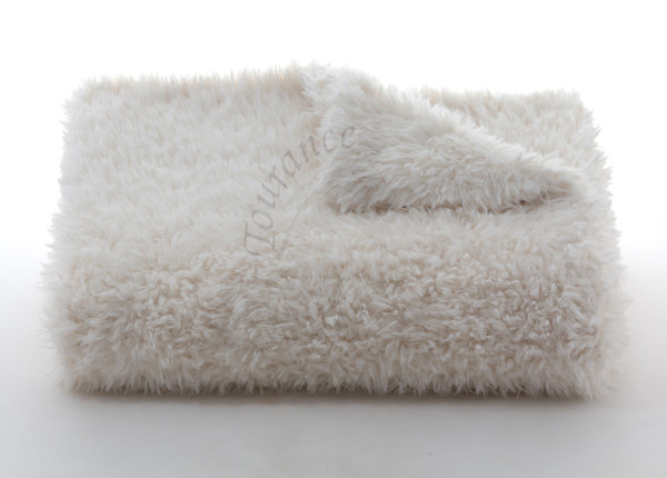 Lambs Wool Throw in Ivory