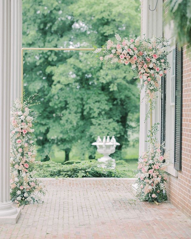 Wish every wedding came with an amazing floral arch! I got to watch this arch be constructed and I'm in awe of how talented florists are!