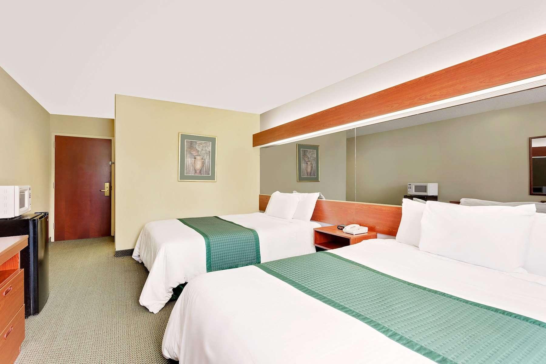 29214_guest_room_10.jpg