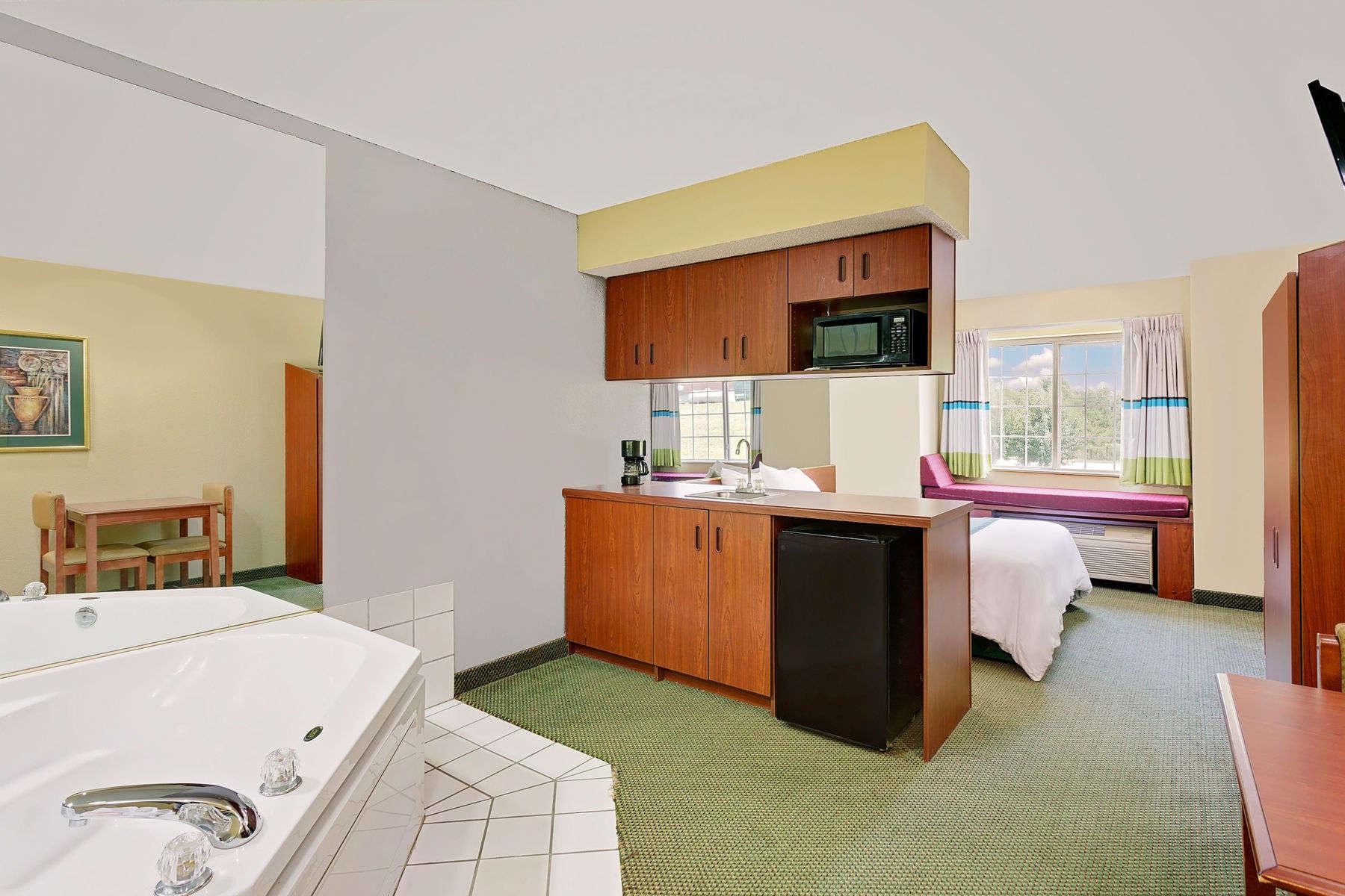 29214_guest_room_11.jpg