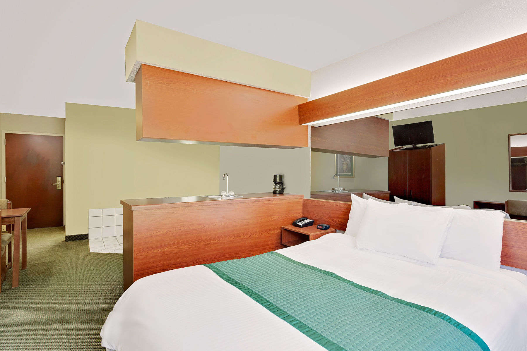 29214_guest_room_12.jpg