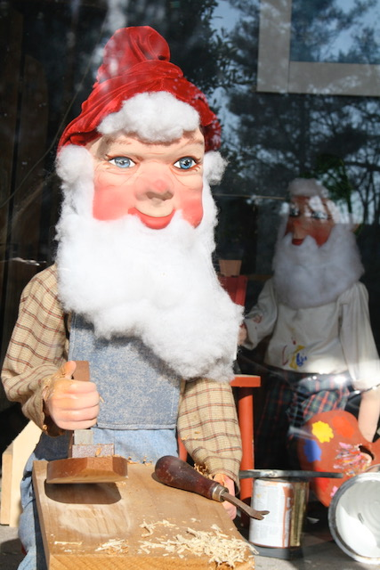 Christmas in July - Thomasville celebrates in a very merry vintage way…
