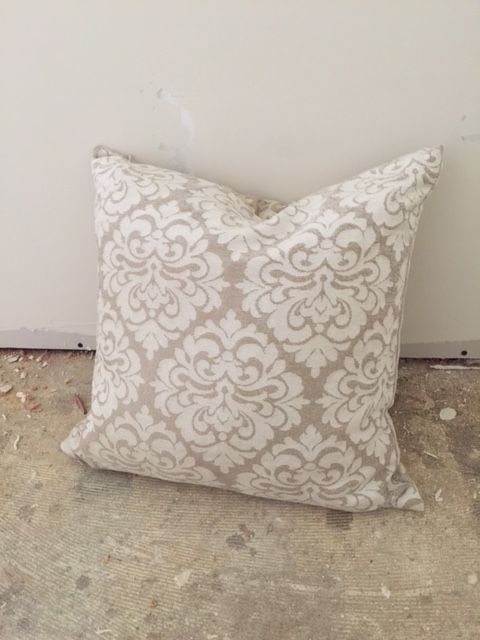 viewpointevents.com | Pillows for rent in California | Vintage Chic Rentals by View Point Events