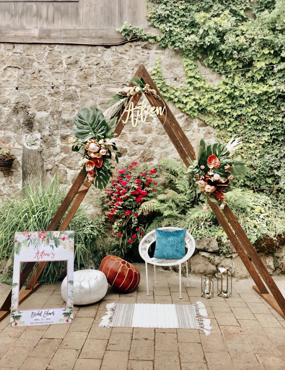 viewpointevents.com | Arches arbors and stands for rent in California | Vintage Chic Rentals for weddings