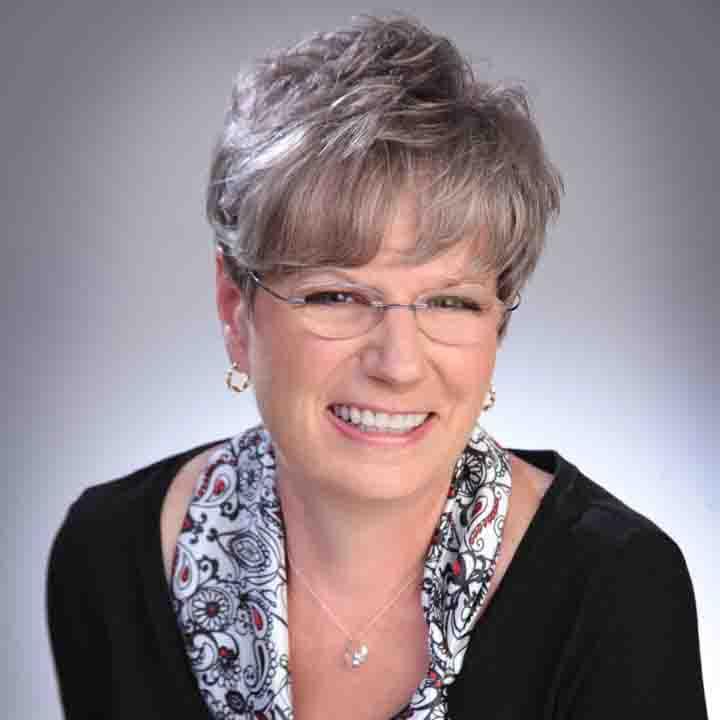 Kathy_Peach_Author