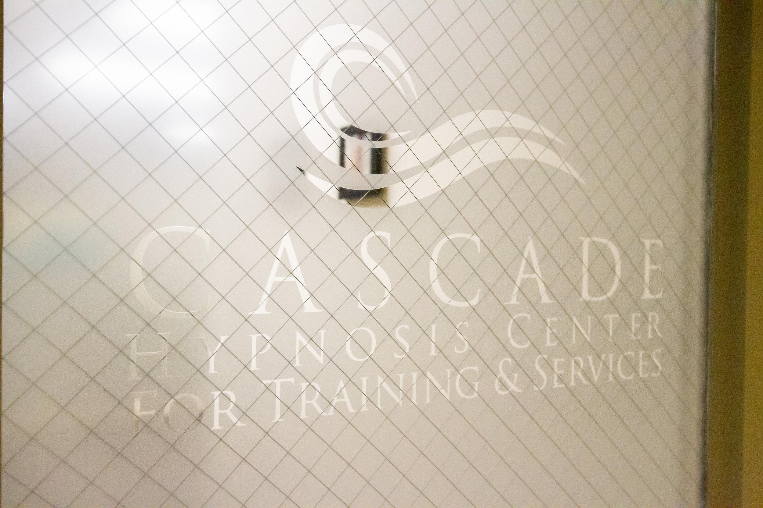 The front door as you enter Cascade Hypnosis Center.