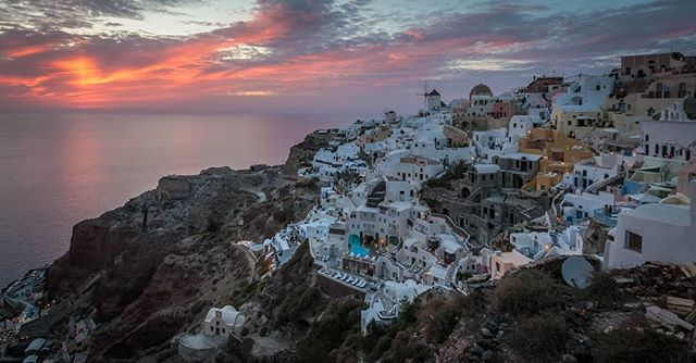 Oia at sunset. . . . . . . . . . . . . . #travel #traveltheworld #travelgreece #greece #islandlife #greekislands #backpacking #springseason #sunset #traveleurope #travelphotography #travelphoto #instatravel #travelstagram #sunsetphotography #canon6d #allthecolors #theglobeisbeautiful #travelblog #instagreece #santorinigreece  #oiasantorini #duskphotography #canonphotography #goldenhour #travelgreece #backpackingeurope #backpackeurope #landscapephotography #natgeoyourshot