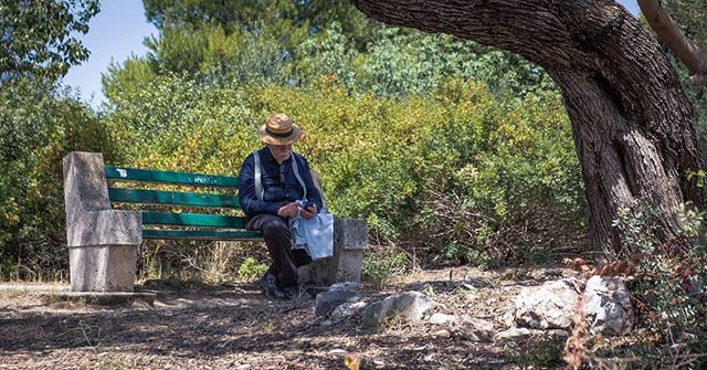 Passing the time. . . . . . . . . . . . . #travel #traveltheworld #travelgreece #greece #islandlife #greekislands #backpacking #springseason #traveleurope #travelphotography #travelphoto #instatravel #travelstagram #canon #canon6d #theglobeisbeautiful #travelblog #instagreece  #canonphotography #travelgreece #backpackingeurope #backpackeurope #greekpeople #natgeoyourshot #streetphotographhy #passingthetime  #benchlife #imnotalone #relax #portraitphotography