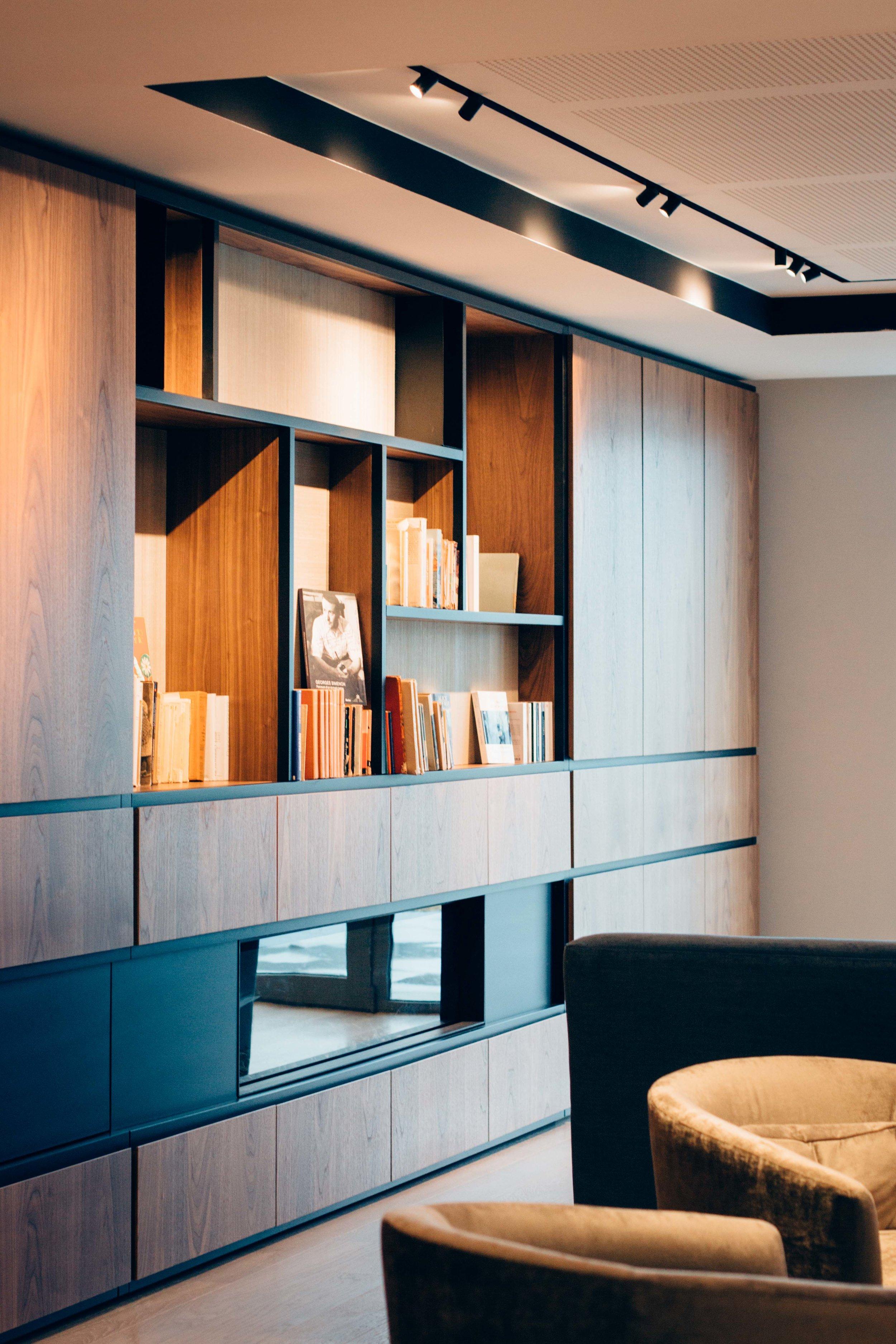 Supportive Housing 'Le Val de Lasne'  - Bar -Library detail / détail bibliothèque