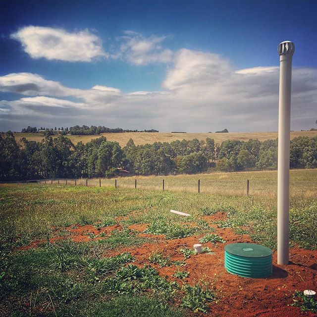 Here's a WORMWORX 3000L Gravity Wastewater Treatment System I installed at Warragul, VIC. This was a new-build project and my client wanted a low-input, environmentally passive wastewater system that did not require the three year pump-out sequence which a standard Septic System calls for. This system's greatest qualities are in its simplicity; no internal moving parts, just a healthy microclimate of worms and aerobic microbes working together through a mutualistic relationship of aerobic digestion.  #wormworx #zenplumb #environmentalplumbing #sustainableplumbing #permaculture #gravitywastewatersystem #permacultureplumbing #recyclingwastewater #sandfilter #plumbingforpermaculture #passivewastewatersystem #wormwastewatersystem #thereisnowaste