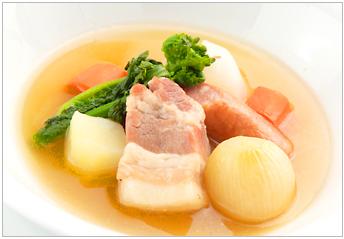 Roraine-Style Potato With Meat Sauce Sauce
