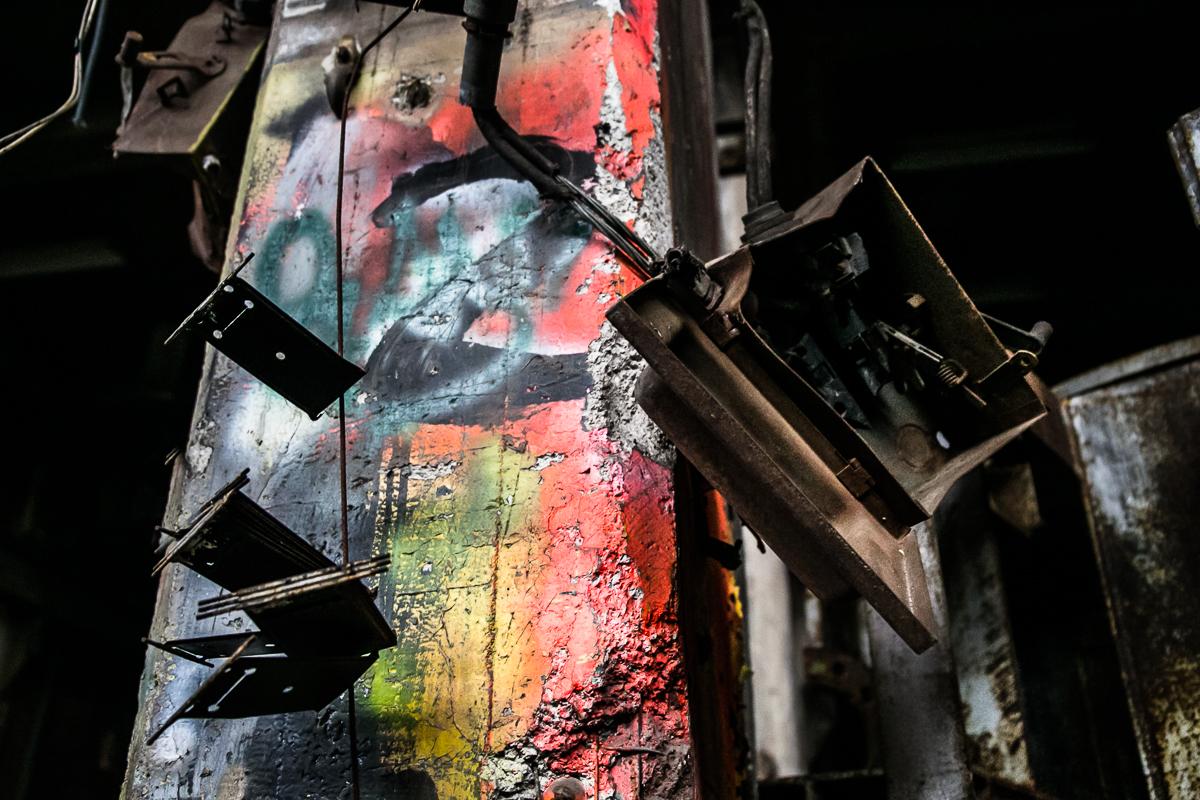 graffiti pole.jpg