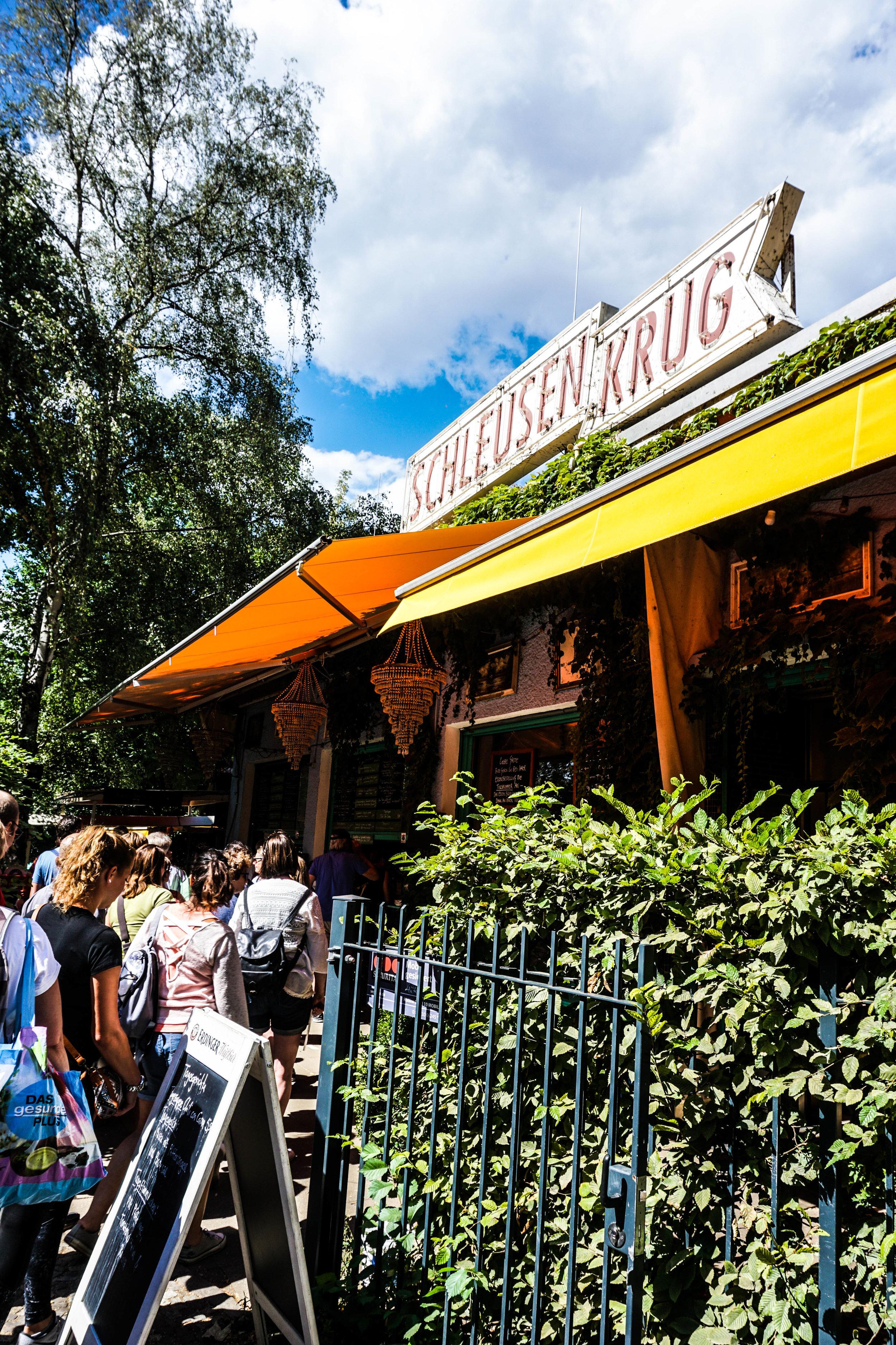Schleusenkrug Beer Garden in Tiergarten