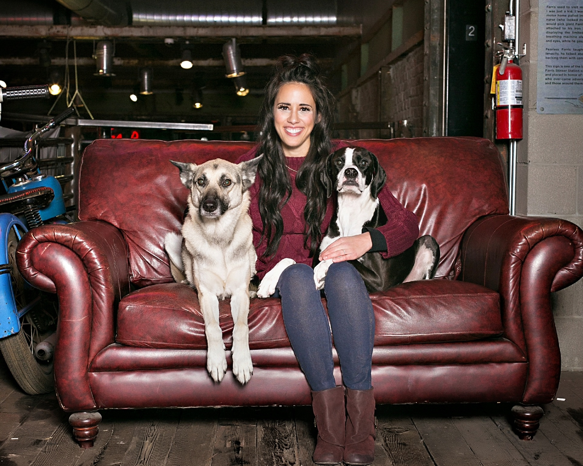 BETHANY FADEN - As Chief Executive Officer (and Head Trainer) at Be the Boss Dog Training you'll be seeing my friendly face first.With a passion and skill for this work, I am the engine that drives this business forward.