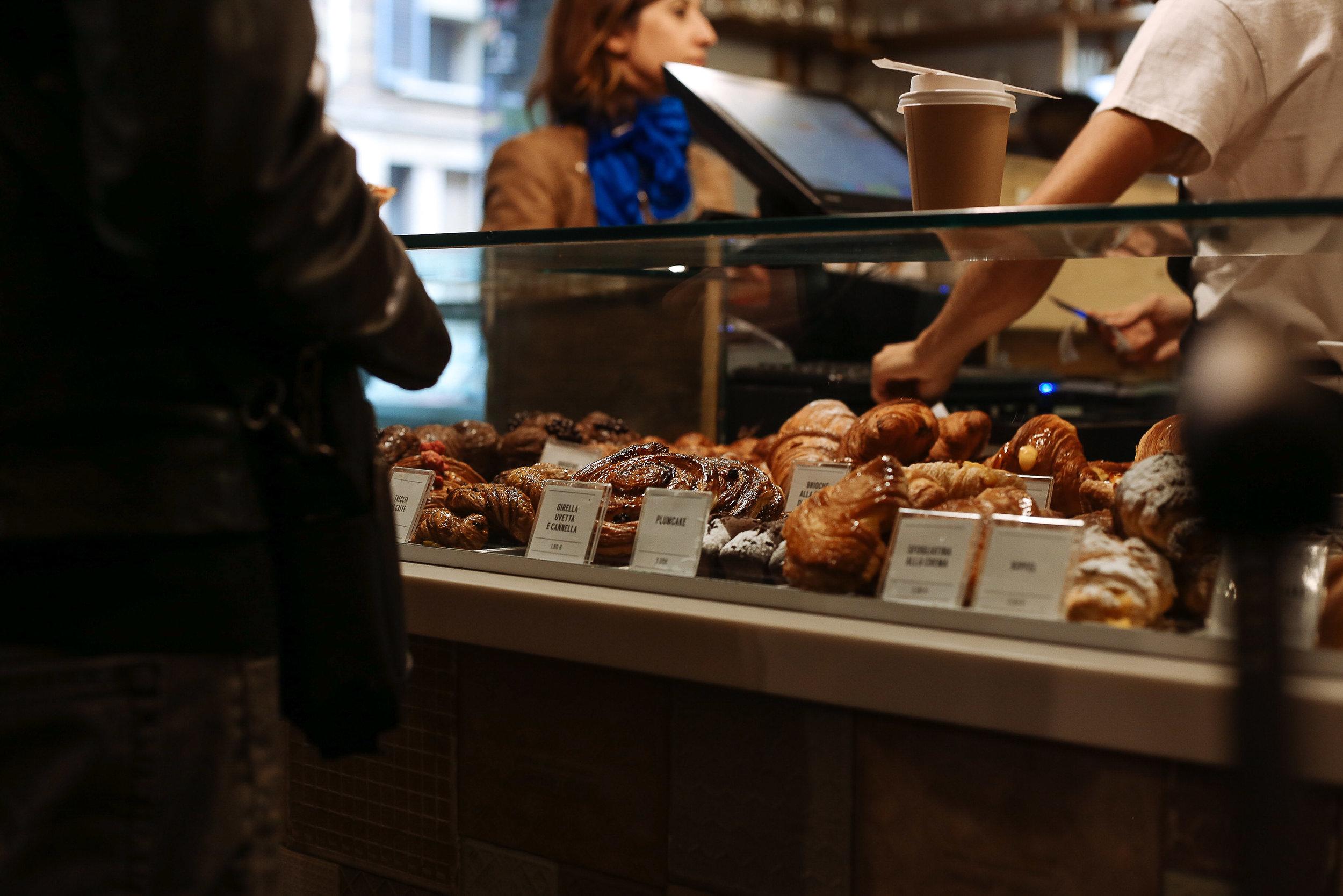 Pave-Pastries-Milan