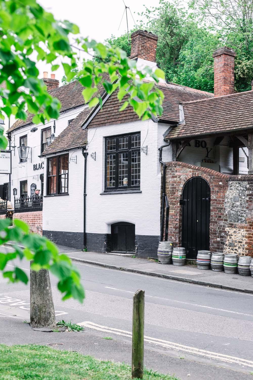 The-Black-Boy-Pub-Winchester