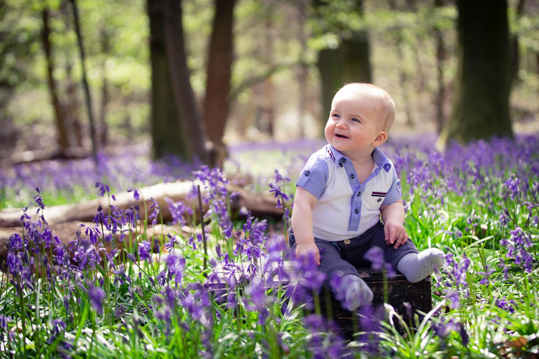 yorkshire-baby-child-family-photoshoot-photographer-roundhay-leeds-bluebells-spring