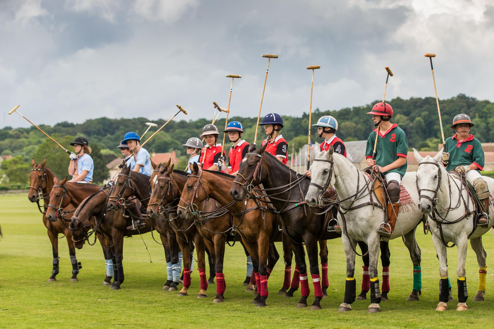 Cours collectifs au Polo Club du Domaine de Chantilly Group polo classes at Chantilly Polo Club