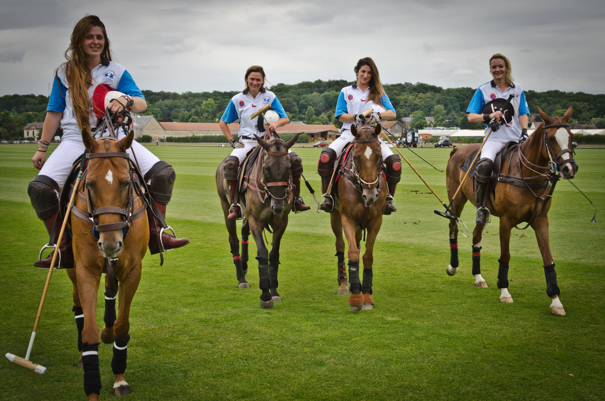 lavinia-fabre-team-franch-girl-women-player-horse-polo