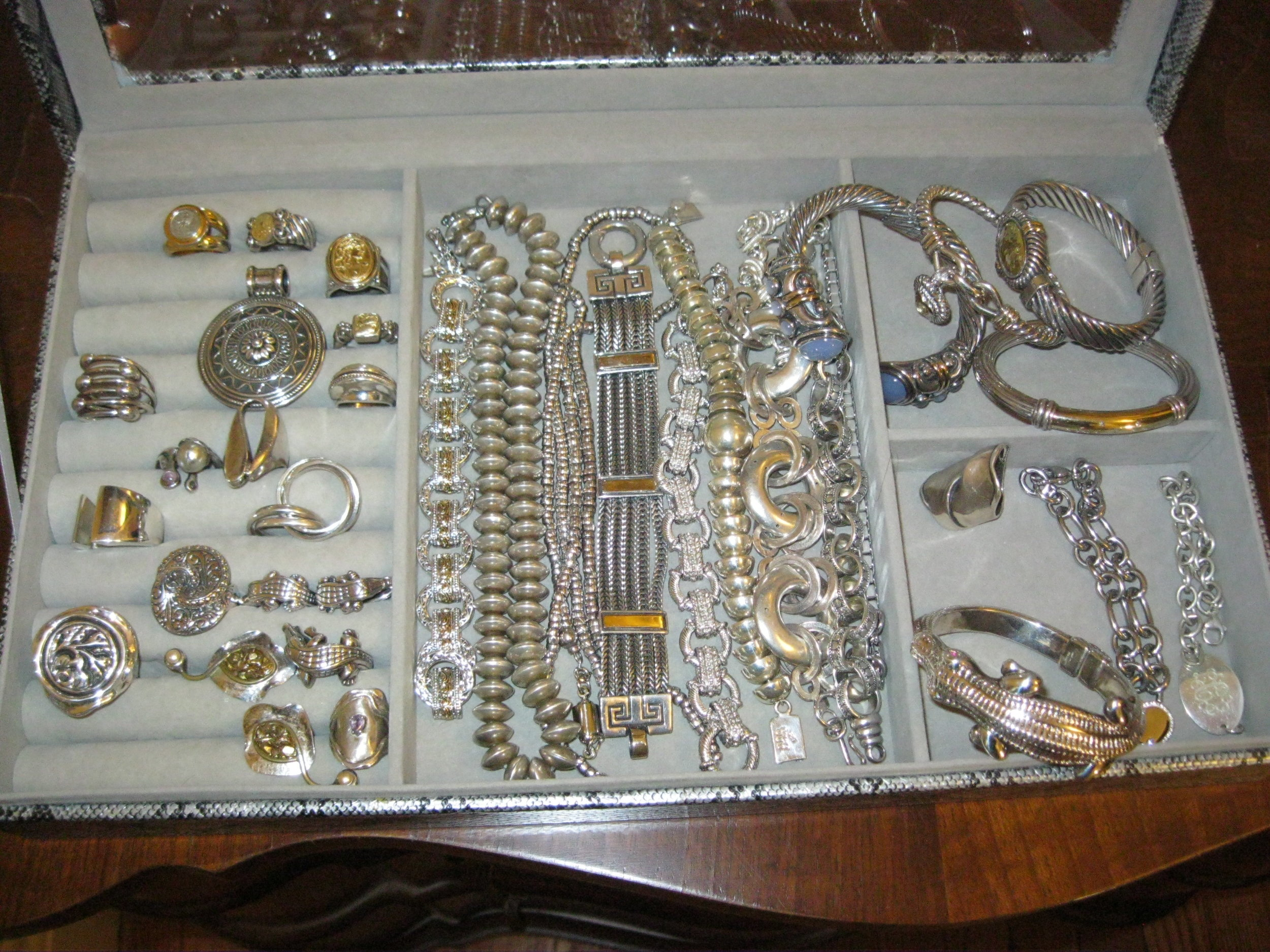Newton Estate Sale: - DEC. 9, 2017Huge collection of finer costume jewelry, furnishings & décor!
